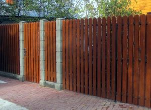 Деревянный забор для дачи в СПб