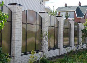 Забор из поликарбоната для дачи в СПб