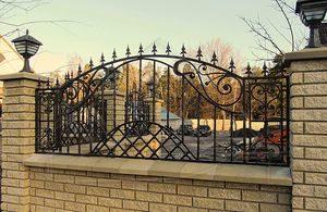 Кованый забор для дачи в СПб