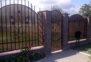Забор из поликарбоната для дачи в СПб и Ленобласти недорого