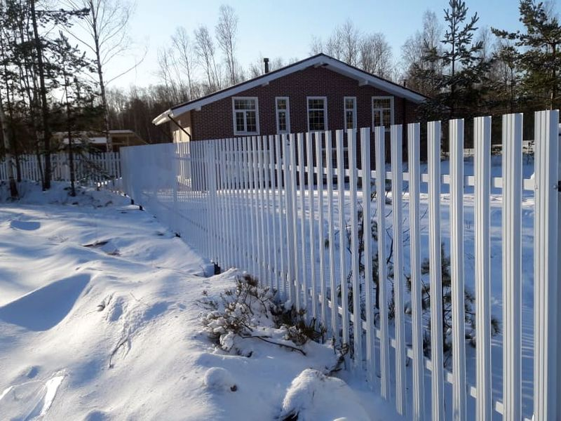 Забор из евроштакетника в СПб