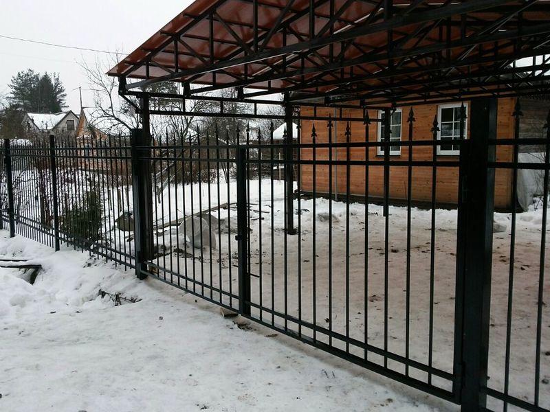 Сварной Забор из профильной трубы в СПб